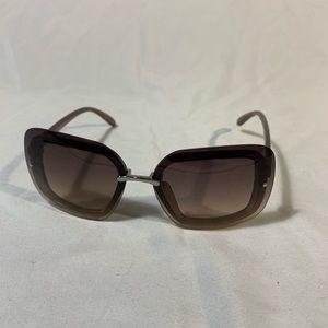 🌻 FOSTER GRANT sunglasses